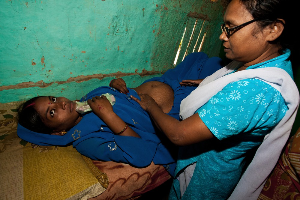 pregnant woman clinic india