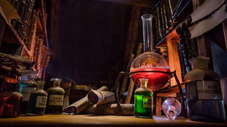 Alchemist's workbench