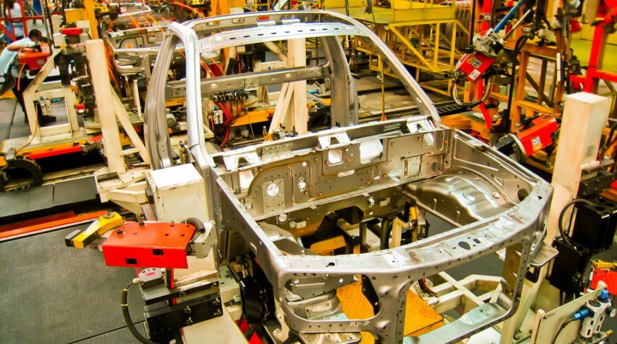 a automotive manufacturing plant using robotics