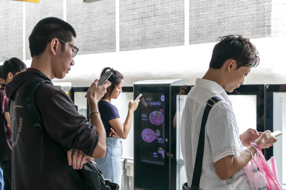 Asians are always on their smartphones, making digital advertising quite important. Source: Shutterstock