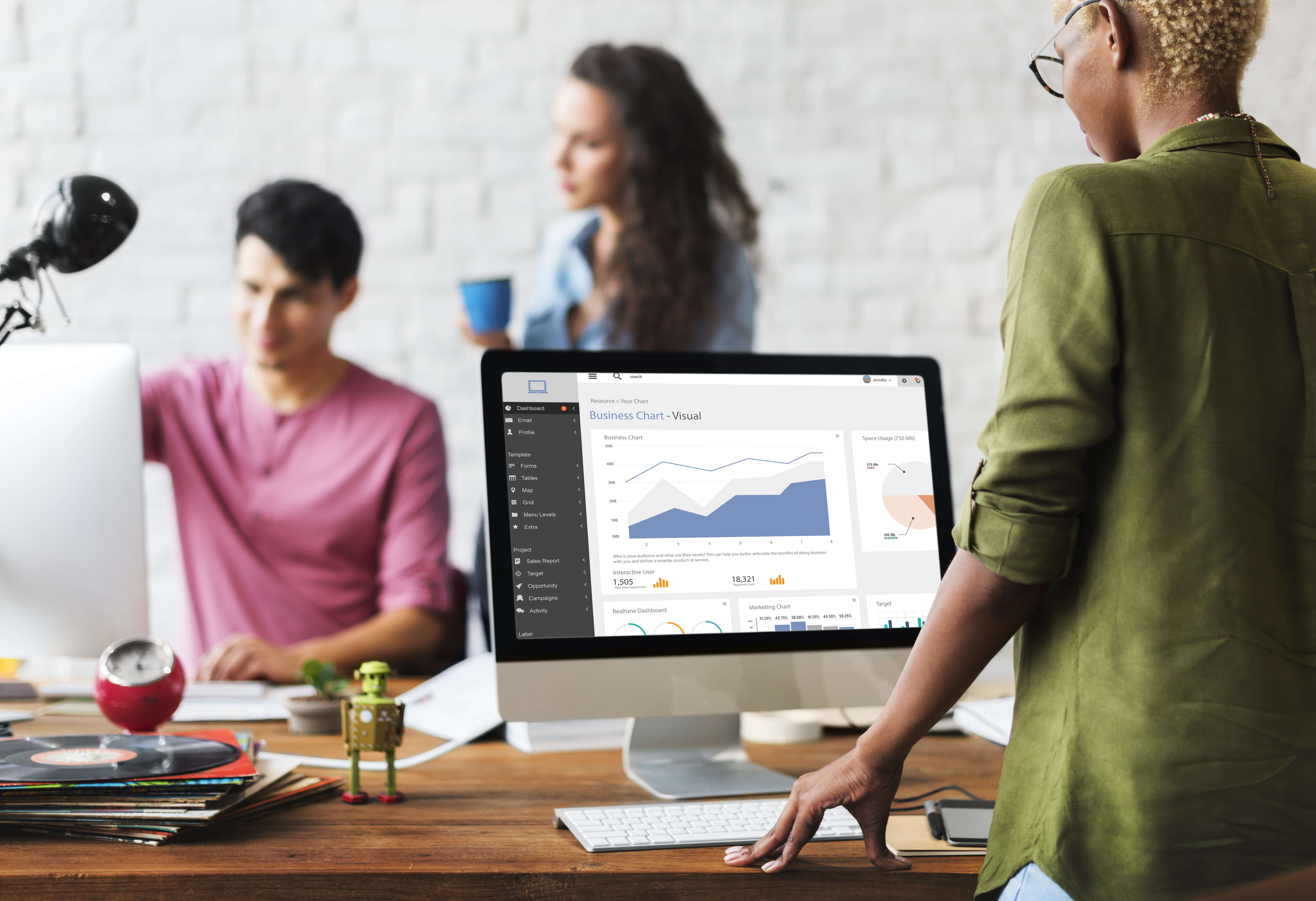 Businesses of all size benefit from moving to the cloud, but smaller business stand to benefit more. Source: Shutterstock