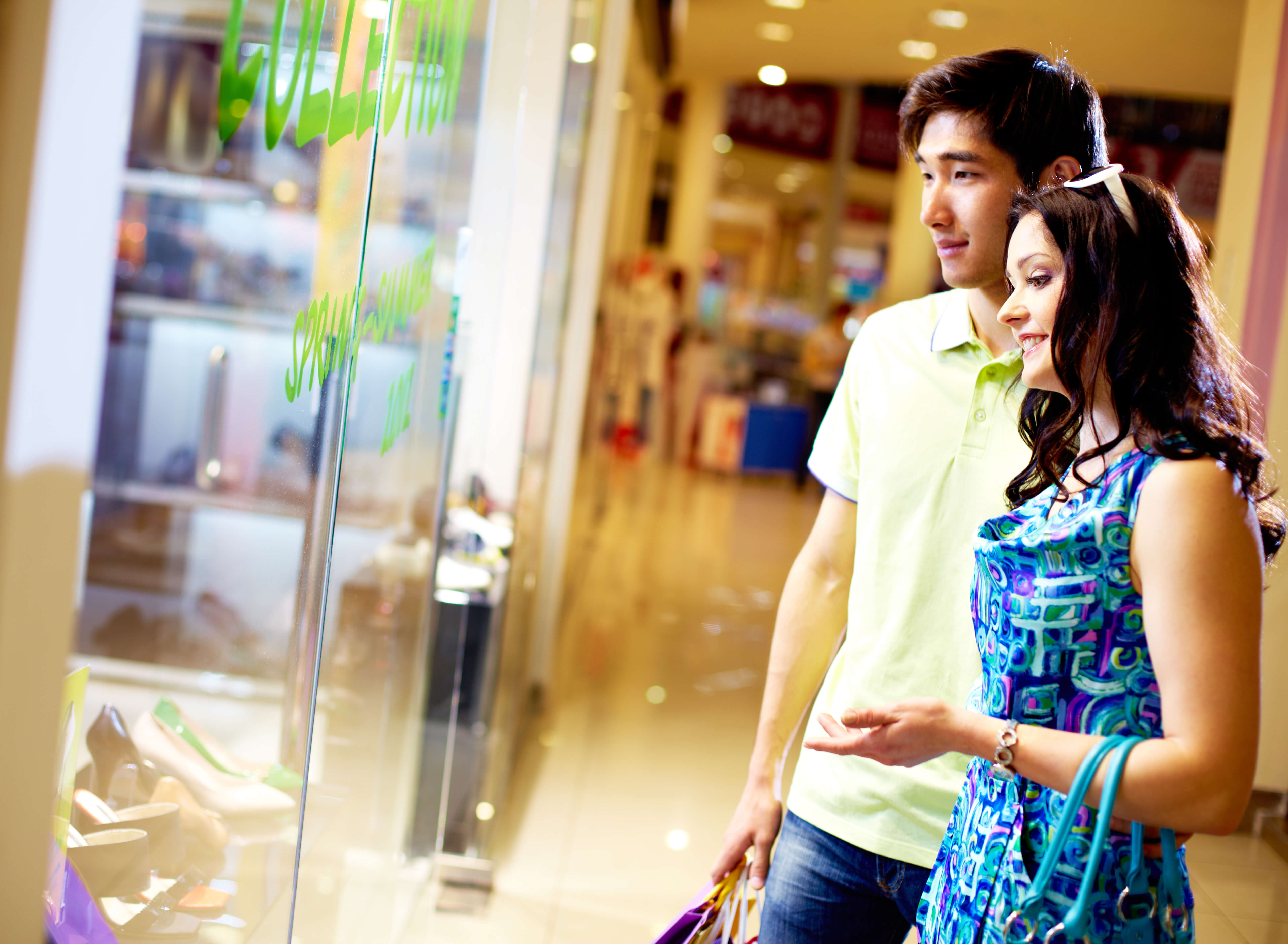 AI is being deployed by both brick-and-mortar businesses, as well as online retailers to tap into its analytics capability to yield data that can help them more enhanced and personalized customer experience. Source: Shutterstock