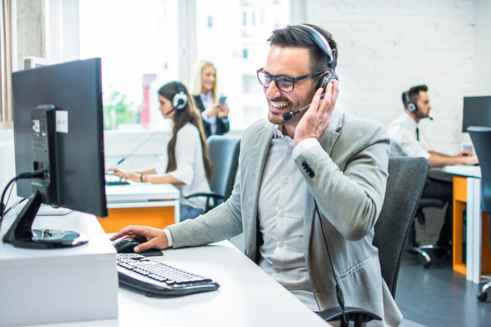 How CRM helps businesses engage customers better. Source: Shutterstock