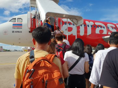 AirAsia, last week launched an AI-powered chatbot that will assist the airline in live-chat as well as instantly responding to customer inquiries. Source: Shutterstock