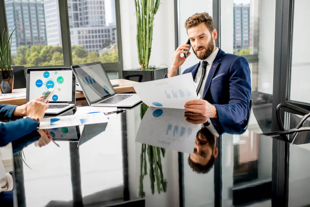 Do wealth managers use technology as much as they should? Source: Shutterstock