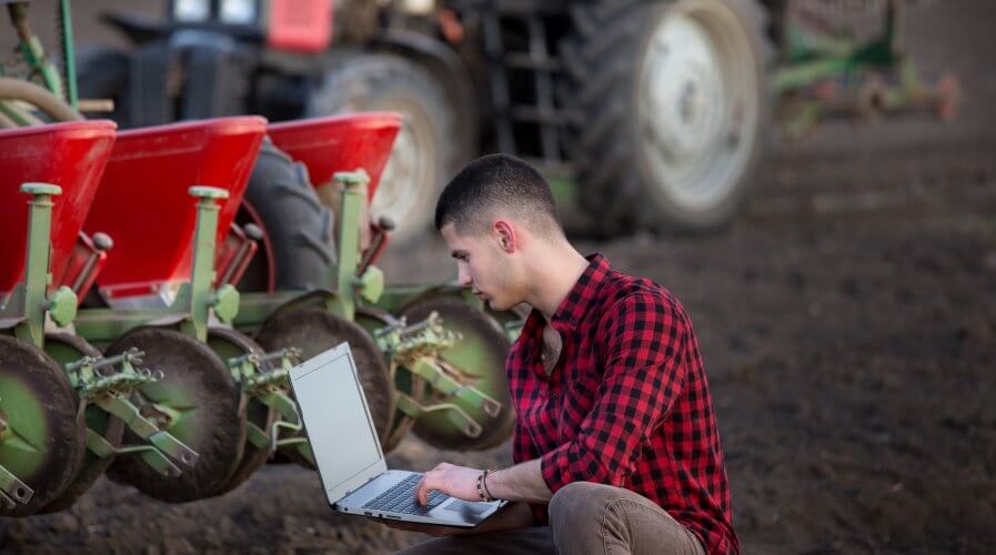 Emerging technologies have always helped farmers around the world achieve greater yield, big data is allowing them to do in unprecedented speed and accuracy. Source: Shutterstock
