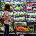 Grocers to enjoy use blockchains by 2025. Source: Shutterstock