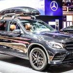 Automakers collaborate to create autonomous vehicles. Source: Shutterstock