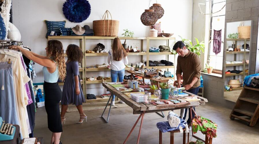Retailers can stand on same ground with e-commerce through automation. Source: Shutterstock.